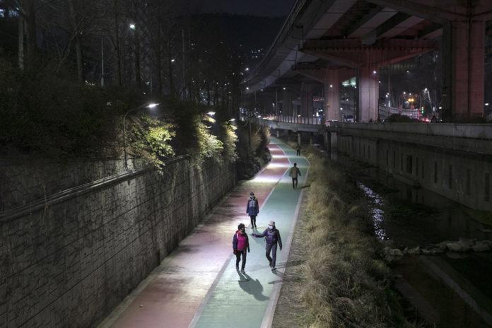 How South Korea flattened the curve