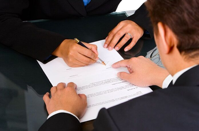 immigration lawyers Florida free consultation